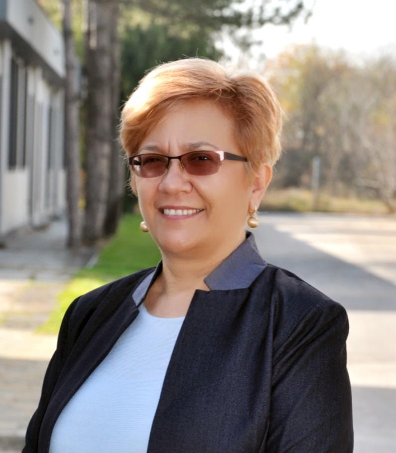 Kostadinka Kittner : Geschäftsführung